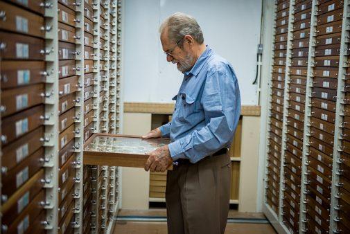 Nascido na Alemanha, Olaf Mielke herdou a paixão pelas borboletas do pai, o taxidermista Karl MielkeFotos: Marcos Solivan -Sucom/UFPR